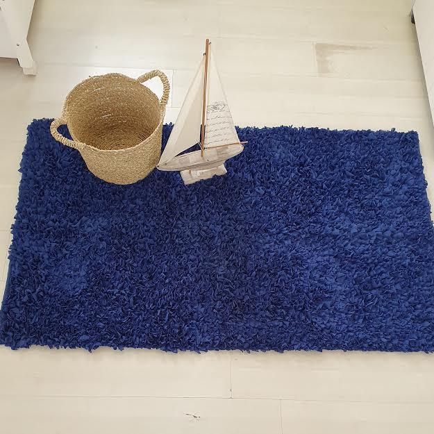 שטיח לחדר ילדים מלבני כחול נייבי מושלם