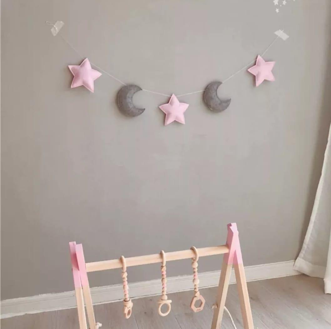 מובייל ירח כוכבים ורוד אפור אקססוריז עיצוב חדר הילדים