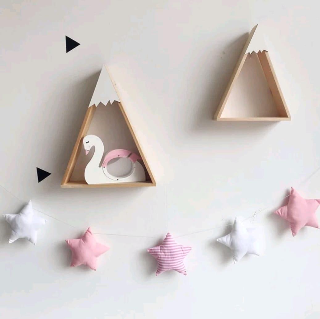 מובייל כוכבים ורוד לבן אקססוריז עיצוב חדר הילדים