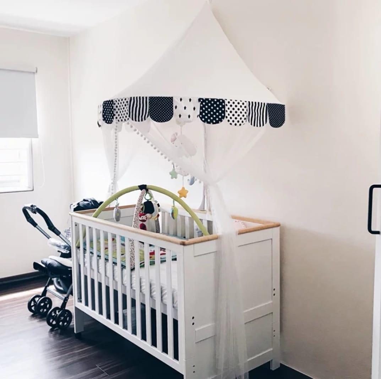 כילה לעריסה כילה למיטת תינוק שחור לבן