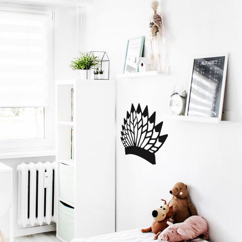 אקססוריז מדבקות לחדר ילדים מדבקת קיר נוצות אינדיאני אורבני עיצוב חדר ילדים