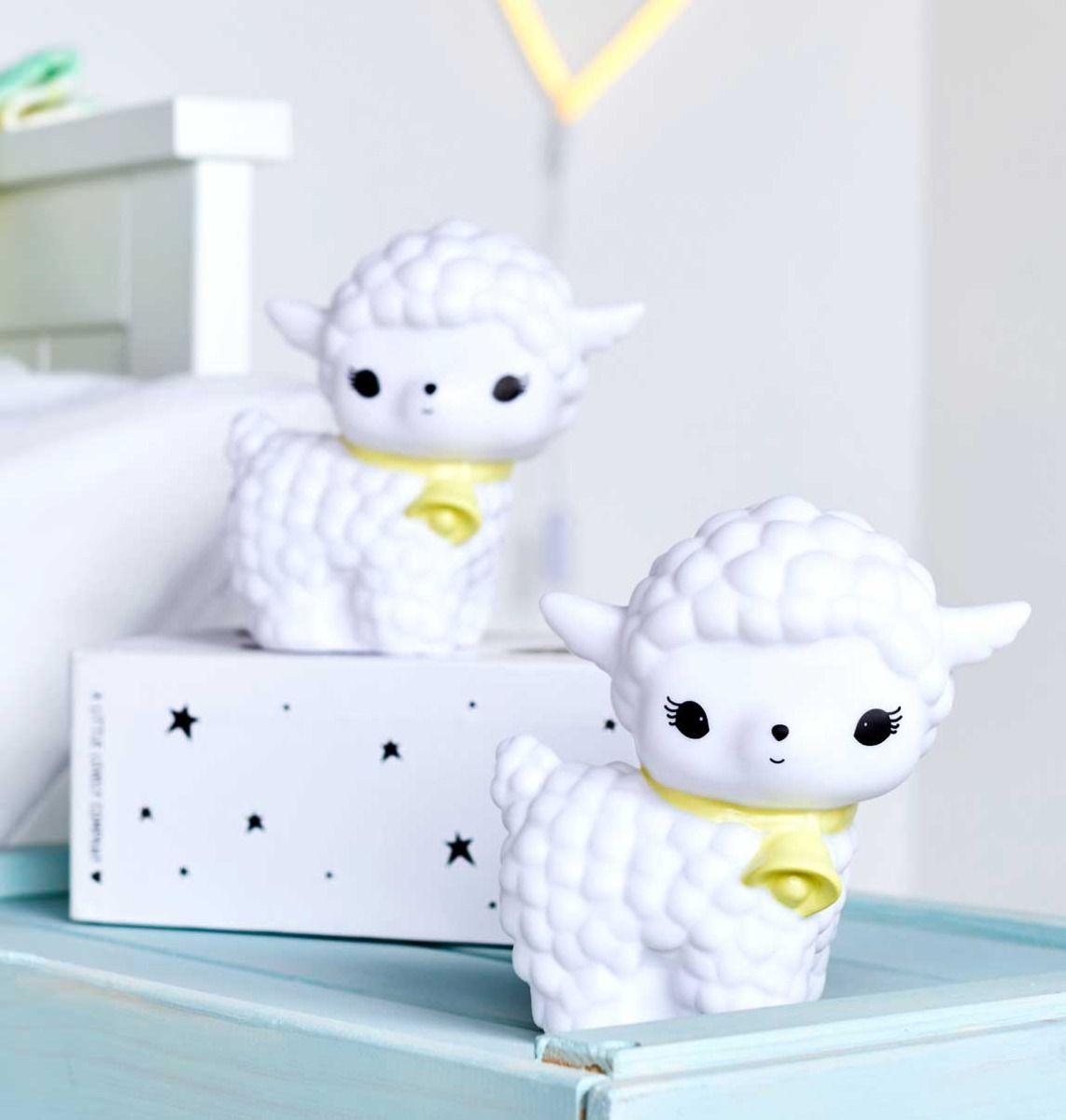 מנורת לילה לחדרי ילדים כיבשה לבנה