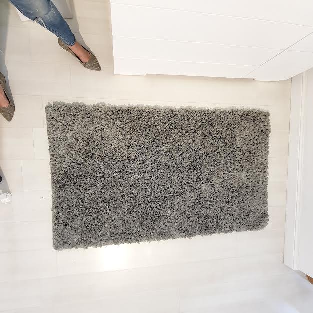 שטיח לחדר ילדים מלבני אפור כהה