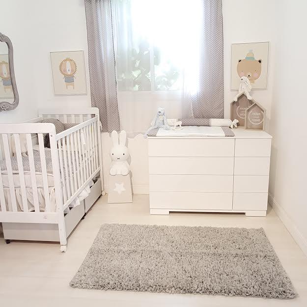 שטיח לחדר ילדים מלבני אפור בהיר
