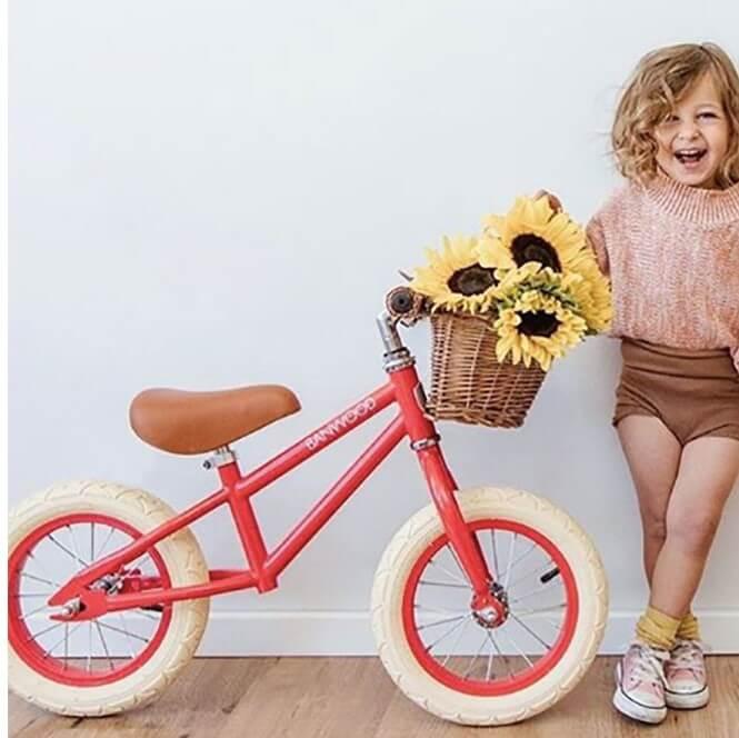 אופני איזון לילדים אקסוריז לחדרי ילדים