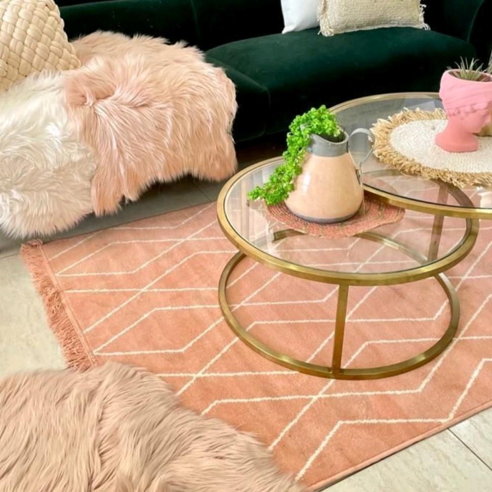 שטיח ורוד מעויינים אורלינס