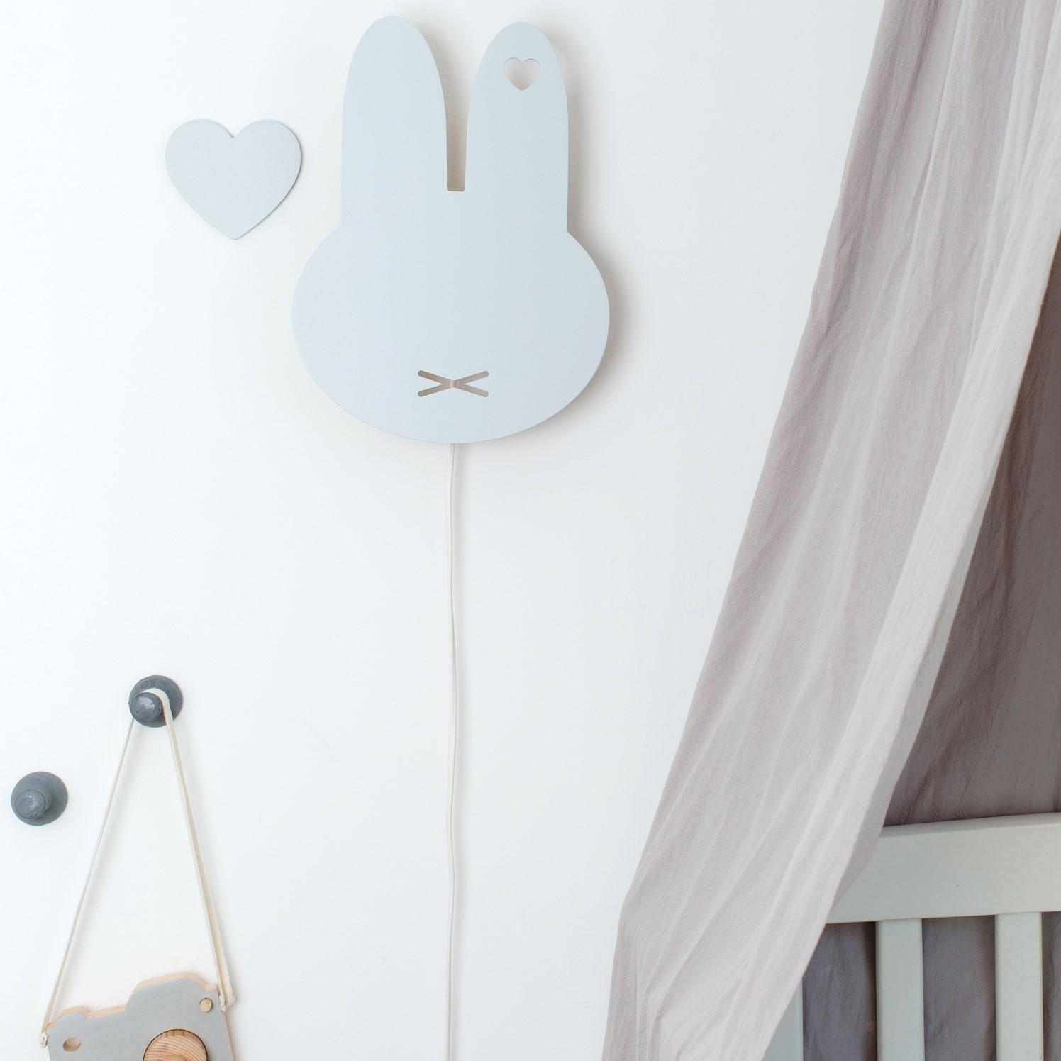 מנורת לילה צמודת קיר ארנב מיפי אפור