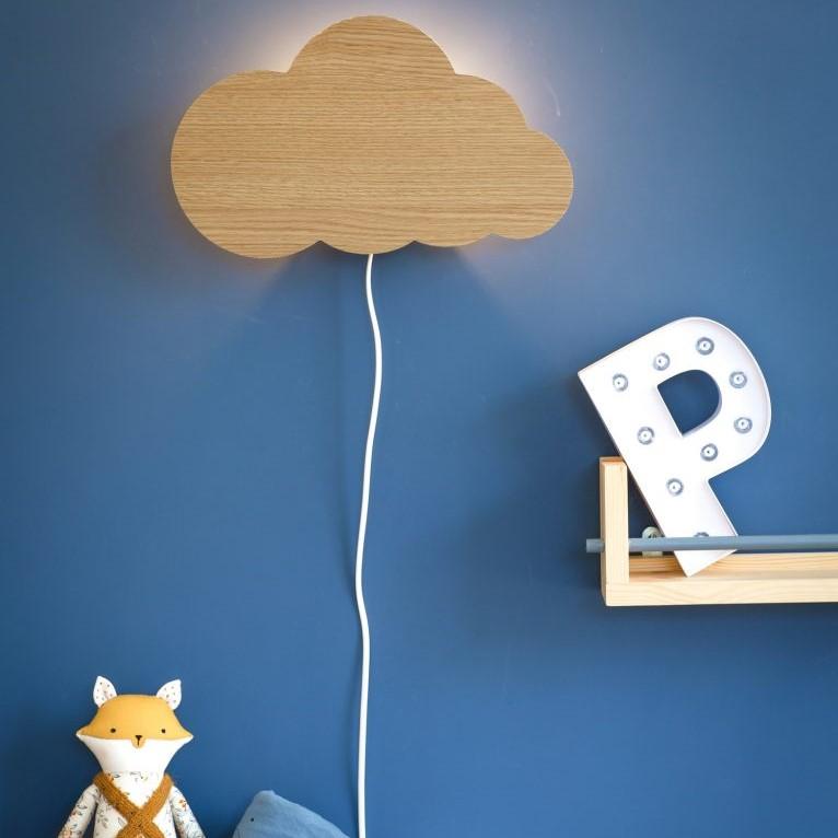מנורת לילה צמודת קיר ענן עץ
