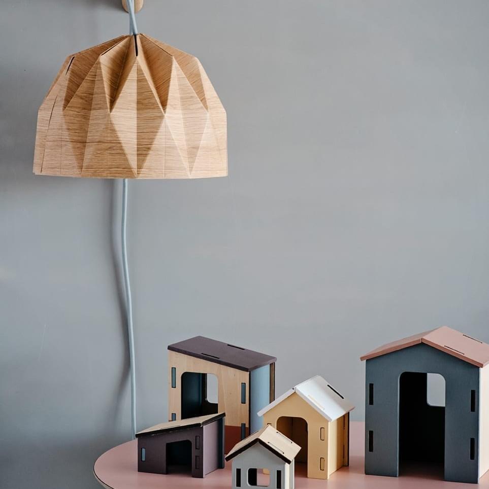 מנורת קריאה אוריגמי גוון עץ