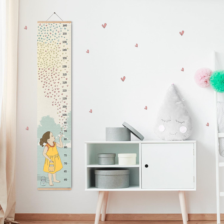 מד גובה לחדר ילדות מפריחת לבבות