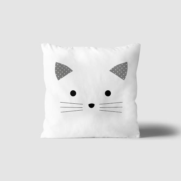 כרית נוי לחדר ילדים דגם חתול לבן