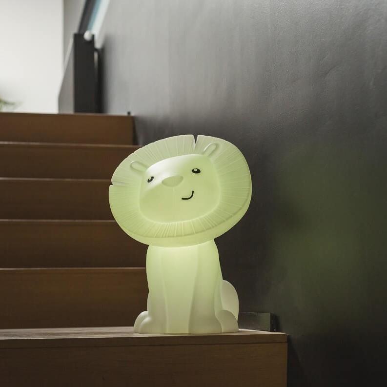 מנורת לילה גדולה וגם רמקול דגם אריה