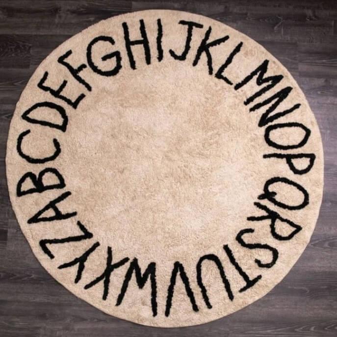 שטיח עגול אותיות בגוון טיבעי 150