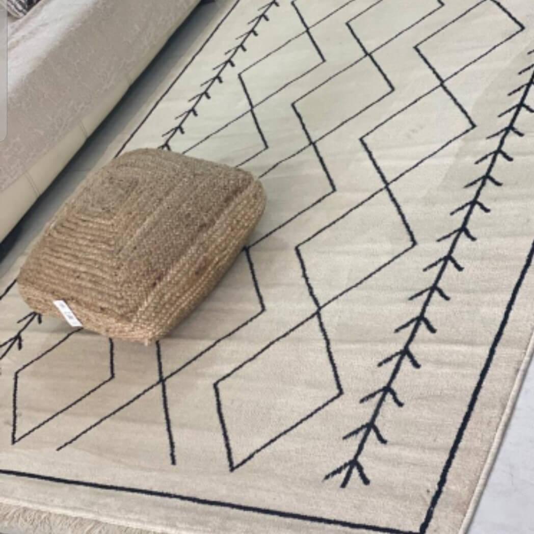 שטיח מעויינים שמנת  120/180