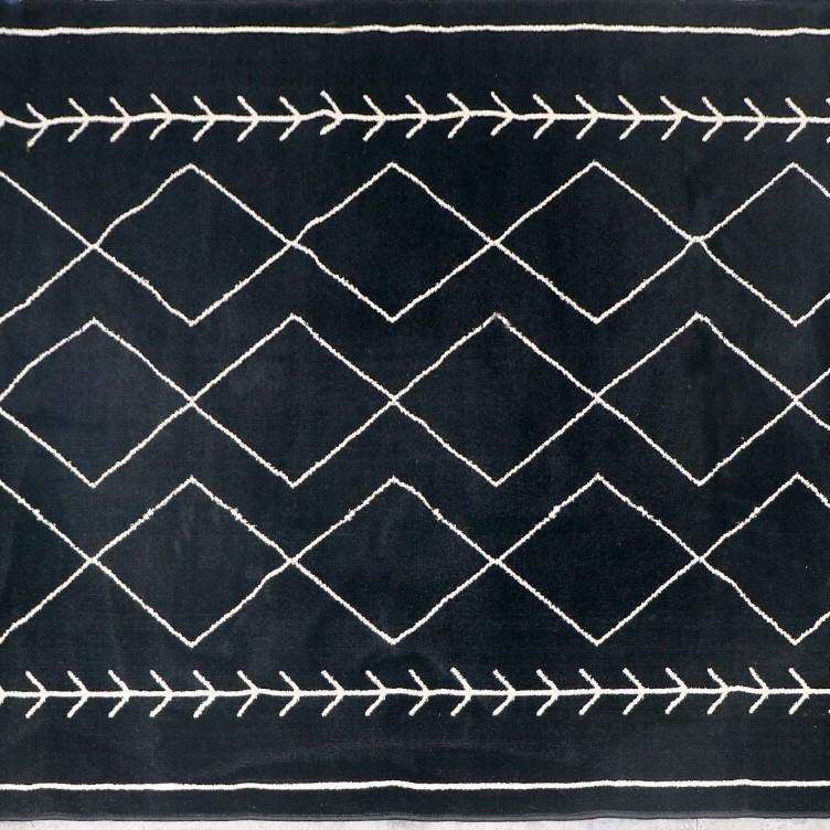 שטיח מעויינים שחור לסלון 160/230
