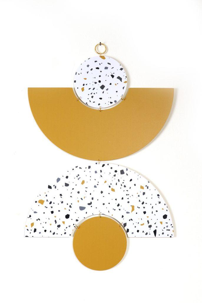קישוטי קיר תכשיטי קיר בשילוב זהב