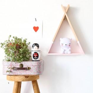 מדף טיפי לחדר ילדים מדף טיפי בצבע ורוד אקססוריז עיצוב חדר ילדים  - תמונה 4