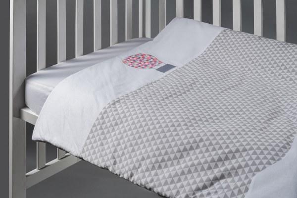 סט מצעים למיטת תינוק דגם כדור פורח