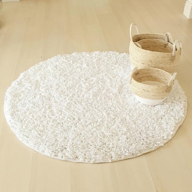 שטיח עגול לחדר ילדים צבע לבן