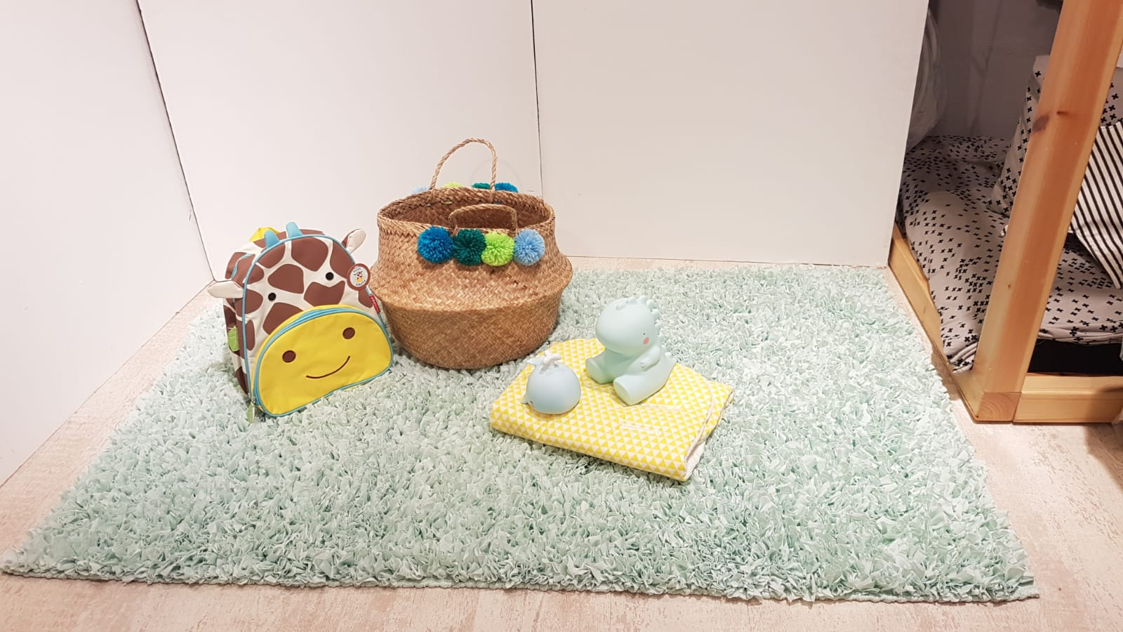 שטיח מלבן לחדר ילדים אפור 120/180