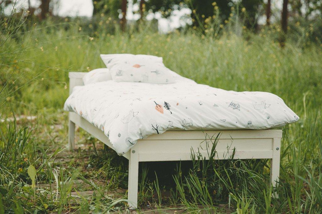 סט מצעים למיטת תינוק דגם היער הקסום אפור