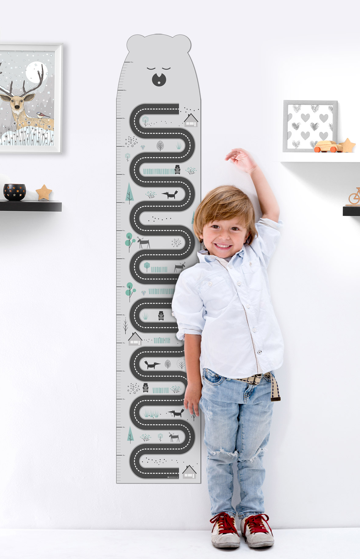 אקססוריז עיצוב חדר ילדים מדבקות קיר שמראה את הגובה של הילדים מדבקת קיר בעיצוב מד גובה מבוך