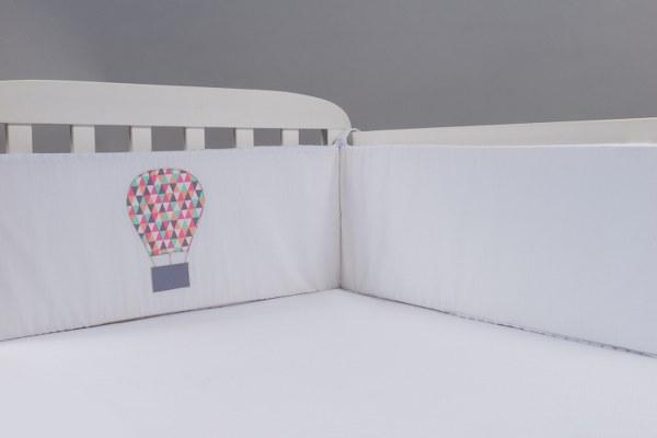 כדור פורח - מגן ראש למיטת תינוק