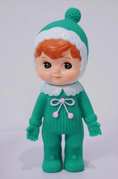 אקססוריז בובה לתינוק בצבע ירוק בובה לעיצוב חדר ילדים
