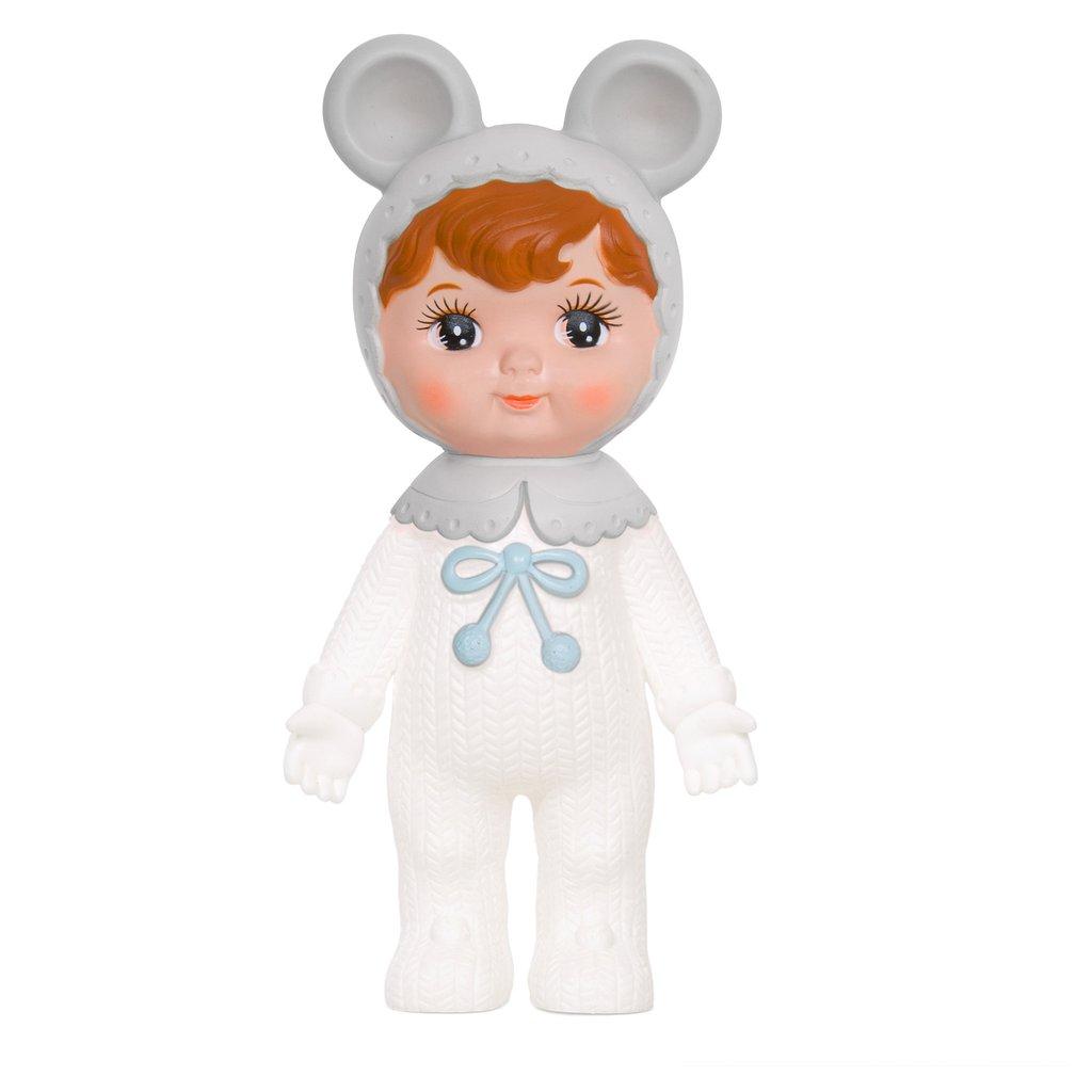 בובה יפנית לבנה
