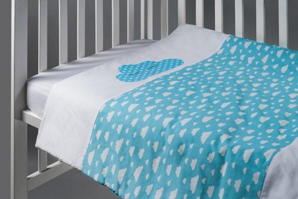 ענן תכלת - שמיכה למיטת תינוק