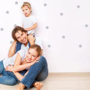 אקססוריז עיצוב חדר ילדים מדבקות קיר לחדר ילדים מדבקת קיר כוכבים כסוף