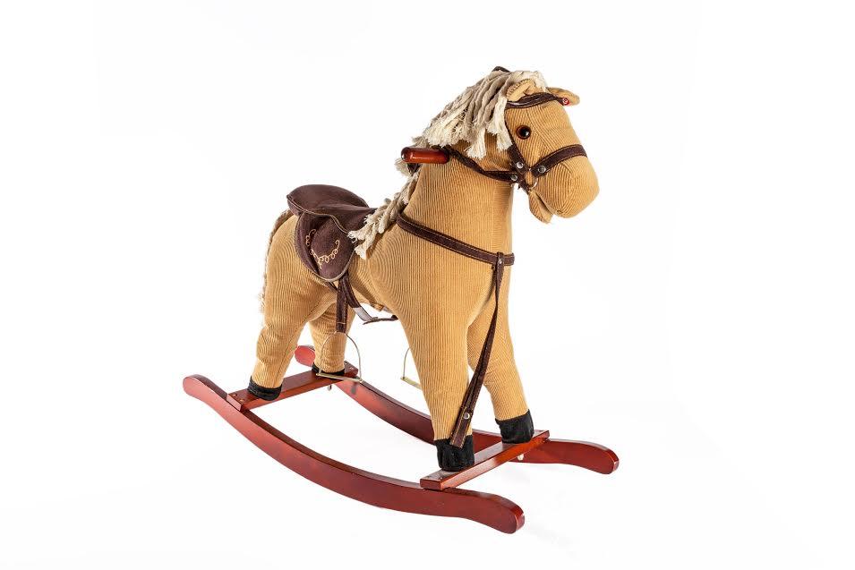 סוס נדנדה לילדים גוון קאמל