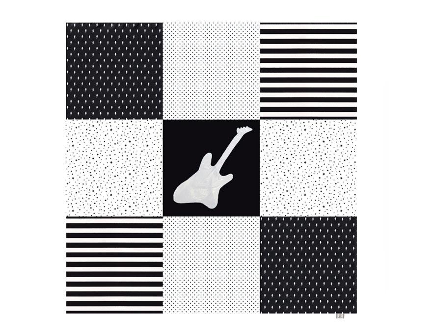משטח פעילות לתינוק גיטרה שחור לבן גדול