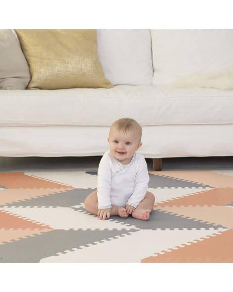 משטח פעילות לתינוק - אפור ורוד לבן SKIP HOP
