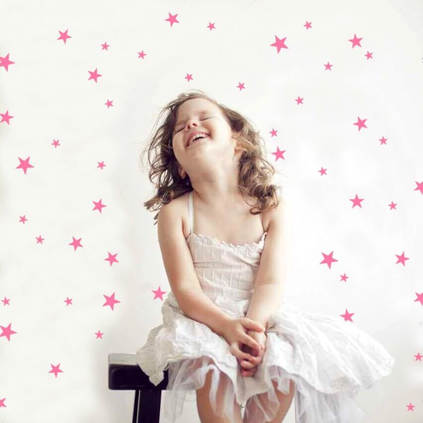 מדבקות לקיר חדר ילדים כוכבים ורוד