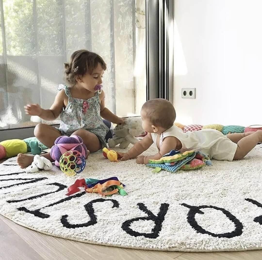 שטיח עגול לחדר ילדים  בהדפס אותיות ABC