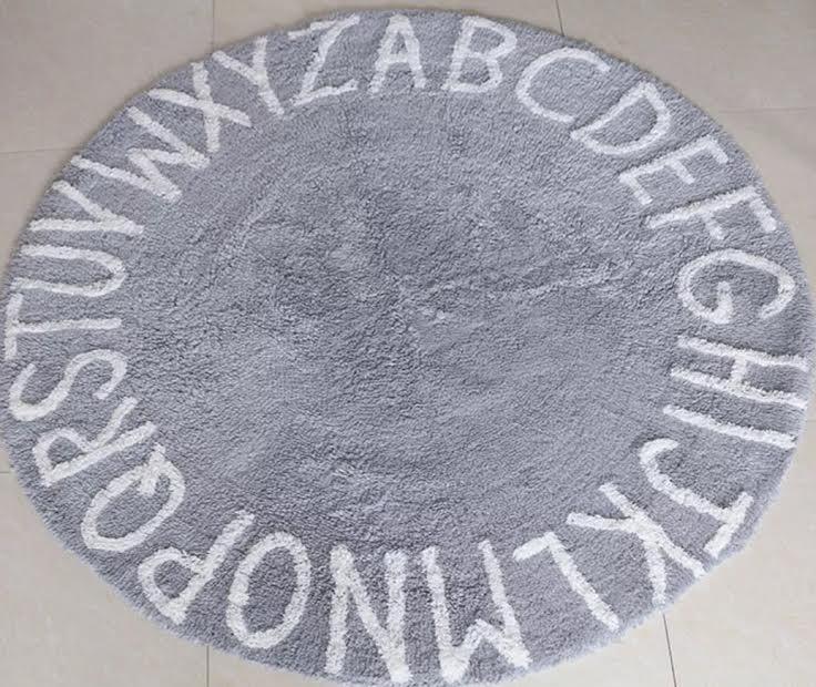 שטיח עגול לחדר ילדים תכלת אפרפר הדפס אותיות ABC