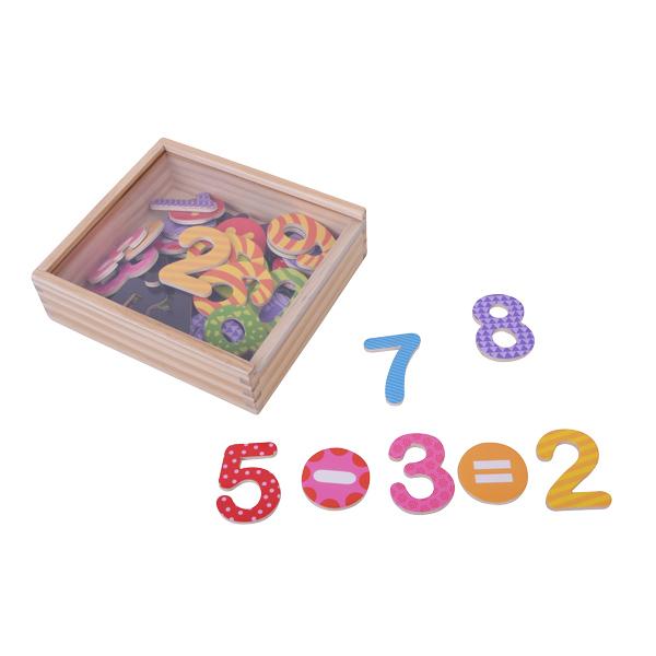 קופסת מספרים מגנטיים צבעוניים 45 יח'