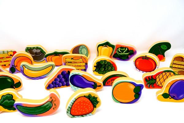 משחקי מים ושלוחן - פירות וירקות