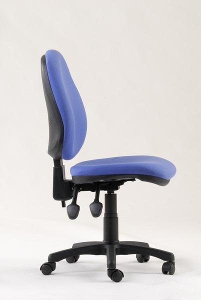 מרפדיה לתיקון כסא משרדי והחלפת בדי ריפוד לכסאות משרדיים