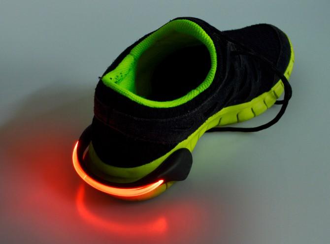 קליפס LED עוצמתי לרכיבת אופניים או לריצה