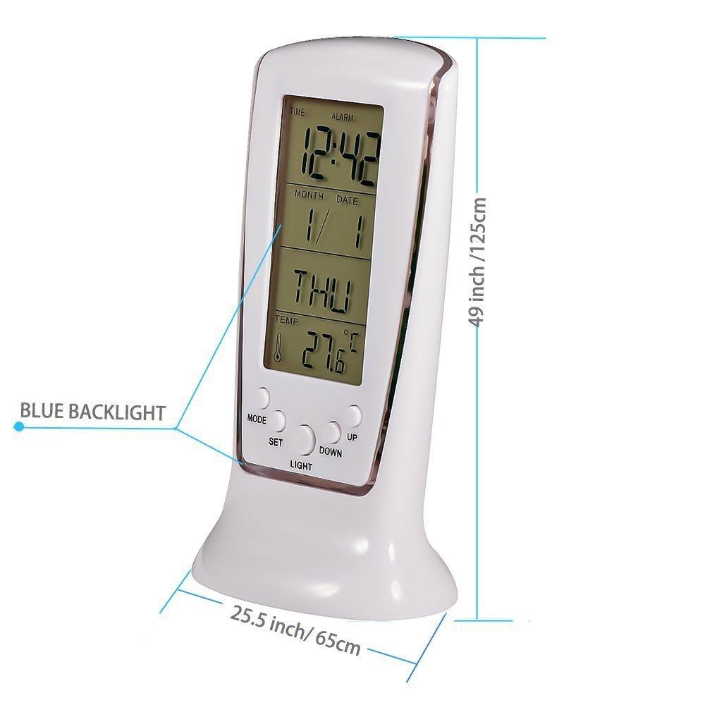 שעון מעורר דיגיטלי עם תאריכון ומד טמפרטורה.