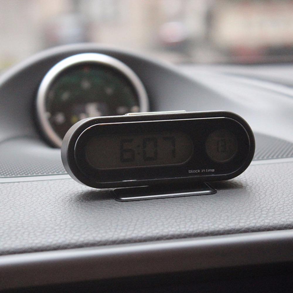 שעון ומד טמפרטורה דיגיטלי לרכב