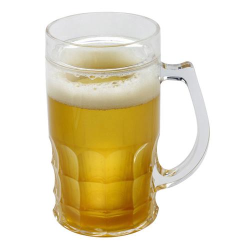 כוס בירה גדולה להקפאה המכילה דמוי בירה וקצף
