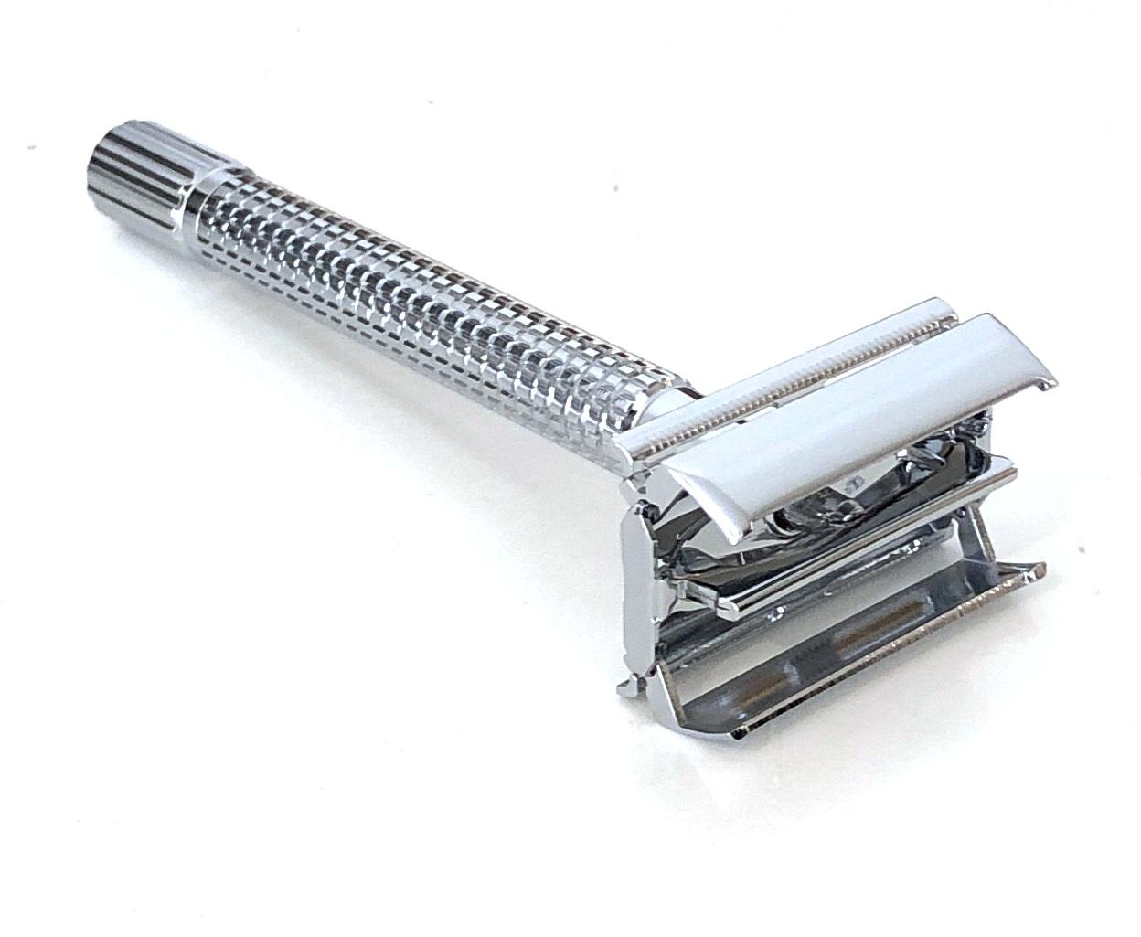 סכין גילוח של פעם בפתיחת פרפר ידית ארוכה
