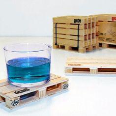 סט תחתיות לכוסות מעץ - בעיצוב משטח מעץ  - רפסודה