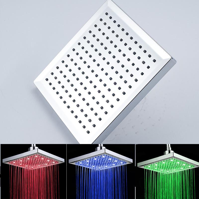 ראש מקלחת מרובע LED - תאורה מתחלפת לפי טמפרטורה
