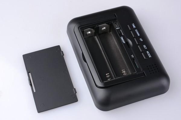 מצלמה נסתרת מקצועית HD מוסלקת בשעון דיגיטלי עם סוללה חזקה במיוחד