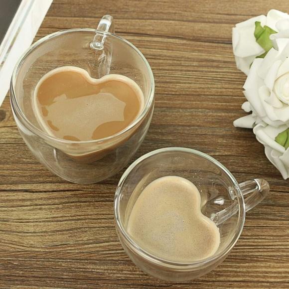 כוס זכוכית לאוהבים בצורת לב