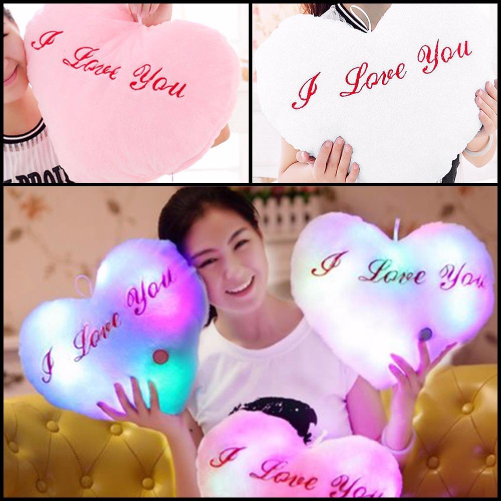 כרית בצורת לב - I Love You עם תאורת לד